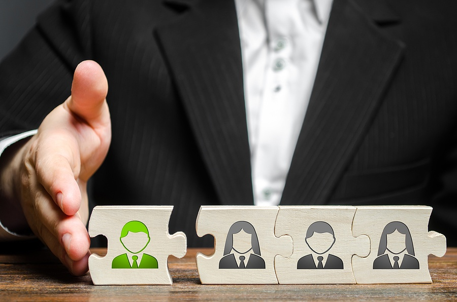 Company Morale: How To Introduce New Team Members At Work